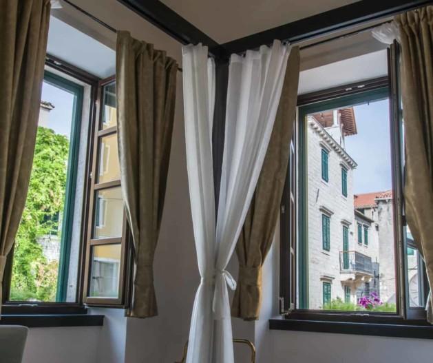 King Krešimir Heritage Hotel History room view at old town from window, Šibenik